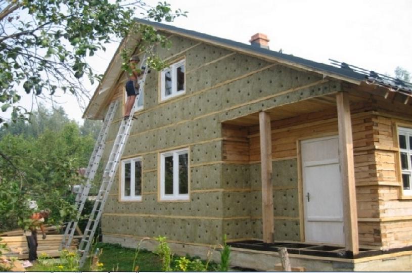 Нет пароизоляции! При усадках дома, будут образовываться щели между бруском и утеплителем и между плитами утеплителя!!! Нет утепления откосов окна!