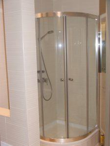 Ремонт квартиры в Москве. Ремонт ванной. Кладка плитки.