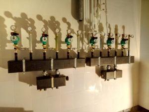 Распределительный коллектор системы отопления