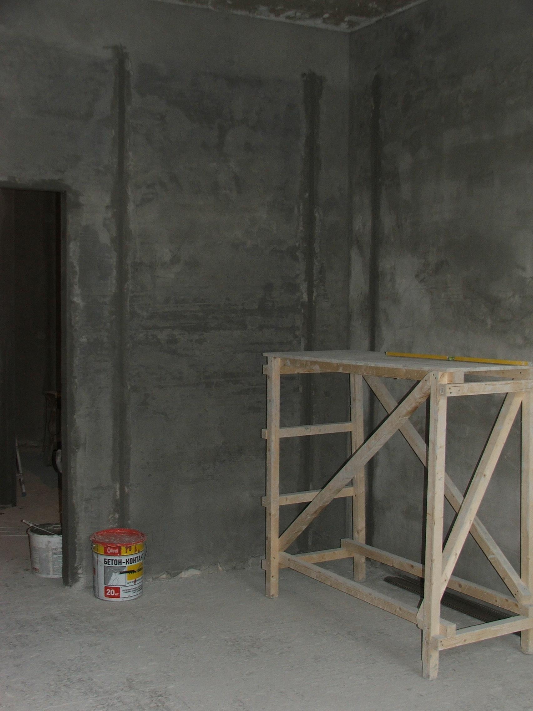 стена после штукатурки